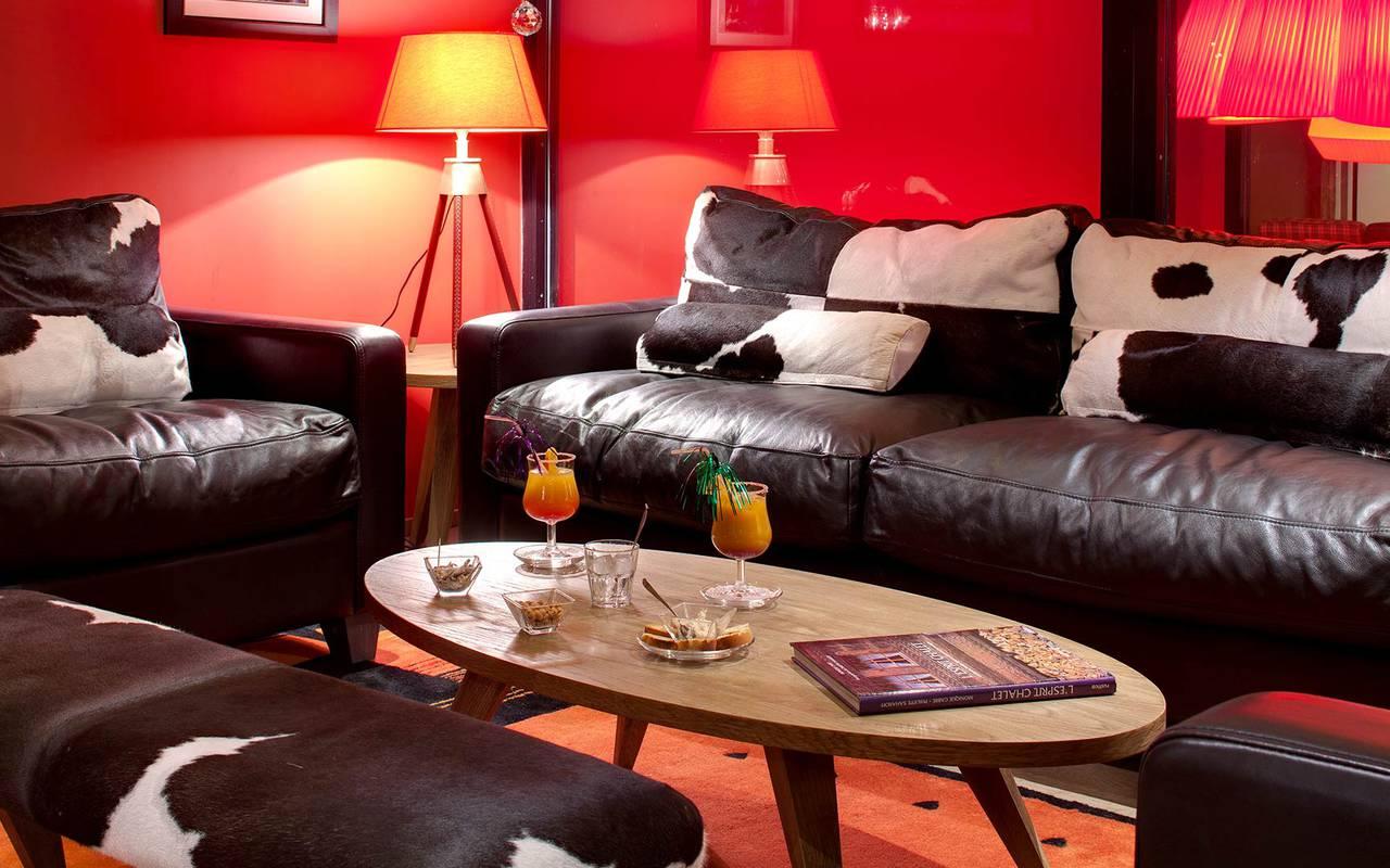 sofa night hotel les gets