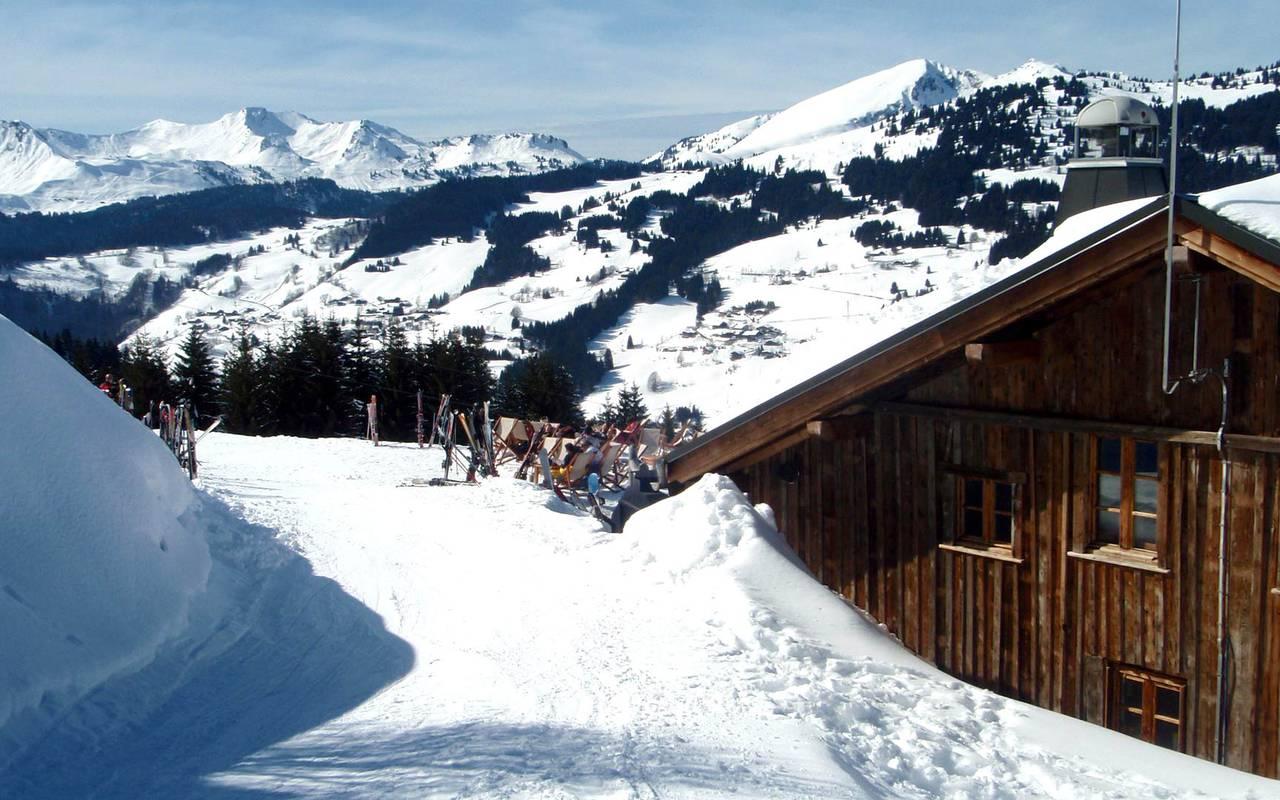 snowy landscape restaurant les gets