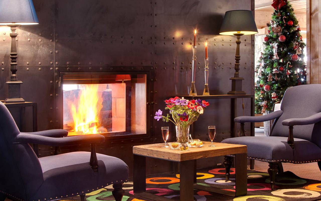 bar les gets l 39 anka cosy bar h tel la marmotte. Black Bedroom Furniture Sets. Home Design Ideas